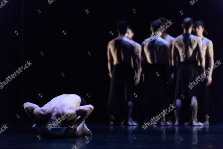 """Stock Photo of """"MC 14/22"""", choreographed by Angelin Preljocaj"""