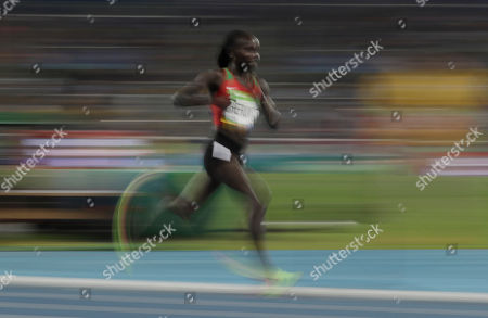 Kenya's Vivian Jepkemoi Cheruiyot competes in the women's 5000-meter final during the athletics competitions of the 2016 Summer Olympics at the Olympic stadium in Rio de Janeiro, Brazil