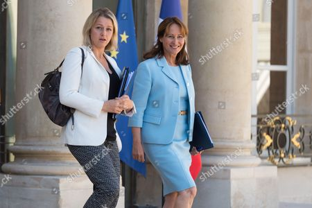 French Junior Minister for Biodiversity, Barbara Pompili and French Minister of the Environment, Energy and Marine Affairs, responsible for international Climate Relations, Segolene Royal leave after the weekly cabinet meeting at Elysee Palace