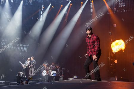 Avenged Sevenfold - Zacky Vengeance (Zachary Baker), Synyster Gates (Brian Haner, Jr.), Brooks Wackerman and M Shadows (Matthew Sanders)