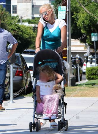 Petra Stunt and daughter Lavinia Stunt