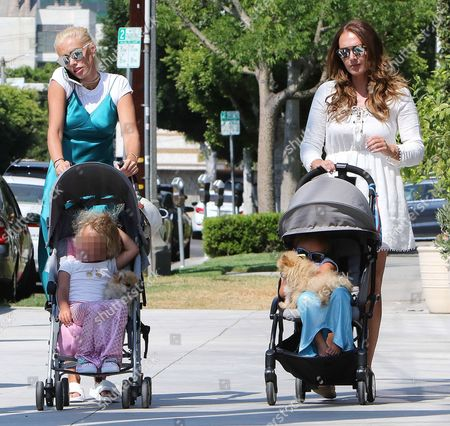 Petra Stunt and daughter Lavinia Stunt with Tamara Ecclestone and daughter Sophia Ecclestone-Rutland
