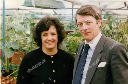 Chris Barber With Wife Pat Barber. Interest Rate Story. Box 698 11207168 A.jpg.