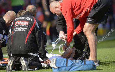 Mark Davies of Bolton Wanderers receives treatment  during the Sky Bet League One match between Charlton Athletic and Bolton Wanderers played at The Valley, London on 27th August 2016
