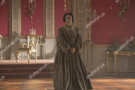 Daniela Holtz as Baroness Louise Lehzen