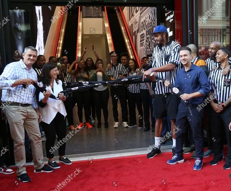 R) Foot Locker EVP/CEO Jake Jacobs, SIX:02 VP/General Manager Natalie Ellis, NY Knicks player Joakim Noah, and Foot Locker VP/General Manager Andy Gray celebrate the Foot Locker 34th Street Grand Opening on in New York