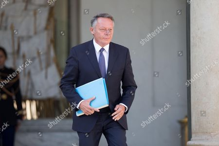 France's junior minister for sports Thierry Braillard leaves the Elysee presidential palace following the weekly cabinet meeting