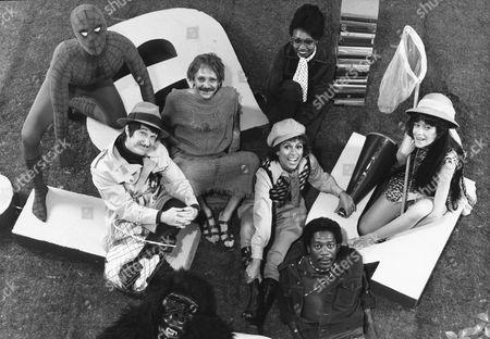 Danny Seagren, Skip Hinant, Luis Avalos, Rita Moreno, Hattie Winston, Judy Graubart, Morgan Freeman, Jim Boyd