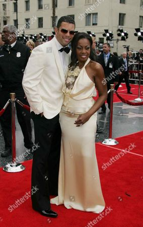 Editorial picture of 33RD ANNUAL DAYTIME EMMY AWARDS, KODAK THEATRE, LOS ANGELES, AMERICA - 28 APR 2006