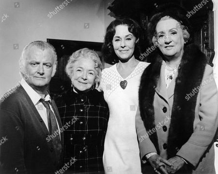 Stock Photo of Art Carney, Helen Hayes, Paulette Goddard, Mildred Natwick