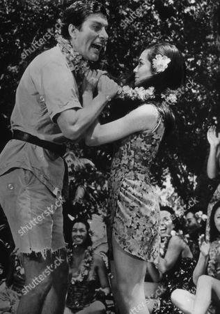 Dick Van Dyke, Nancy Kwan