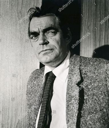 Jack Elam