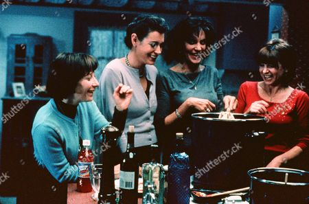 Lily Knight, Sean Young, Mercedes Ruehl, Dinah Manoff