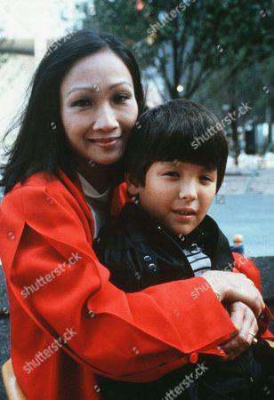 Tina Chen, Bryan Price