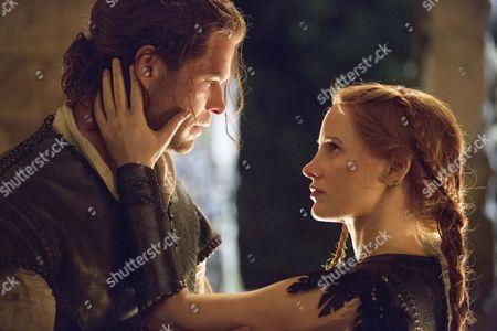 Chris Hemsworth, Jessica Chastain