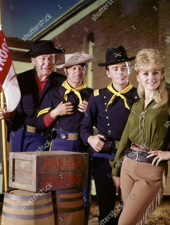 Forrest Tucker, Larry Storch, Ken Berry, Melody Patterson
