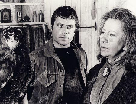 Oliver Reed, (Dame) Flora Robson