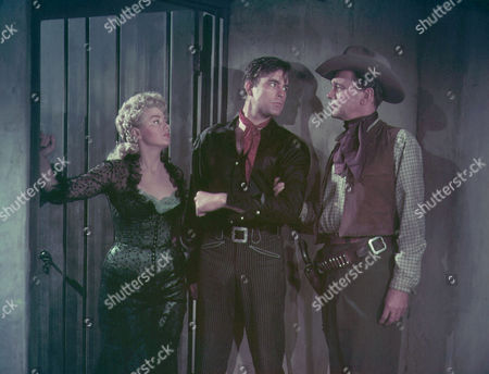 Shelley Winters, Scott Brady, Joseph Cotten