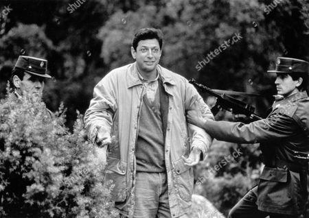 Editorial image of Shooting Elizabeth - 1992