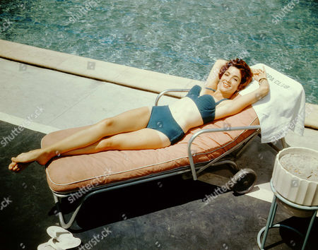 Editorial picture of Linda Cristal