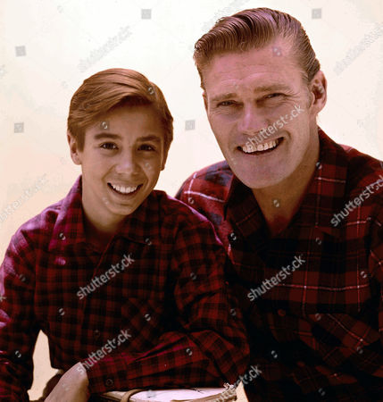 Johnny Crawford, Chuck Connors