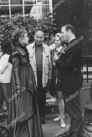 Margaret Leighton, Hal B. Wallis, Martha Hyer, Terence Rattigan