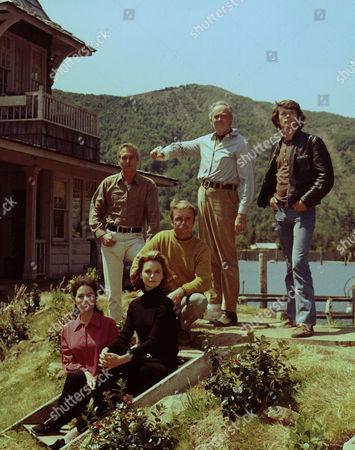 Paul Newman, Henry Fonda, Michael Sarrazin, Lee Remick