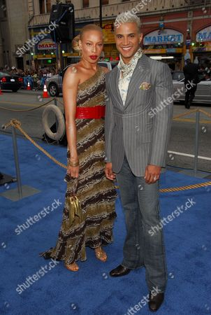 Editorial image of 'POSEIDON' FILM PREMIERE PRESENTED BY WARNER BROTHERS, LOS ANGELES, AMERICA - 10 MAY 2006