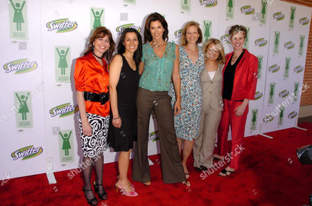 Editorial image of SWIFFER 'AMAZING WOMEN OF THE YEAR' EVENT, LOS ANGELES, AMERICA  - 10 MAY 2006
