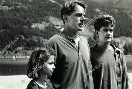 Sarah Wayne, Mark Harmon, Joshua Jackson