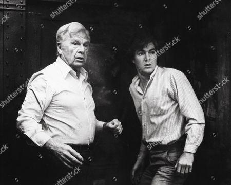 Eddie Albert, Dennis Quaid