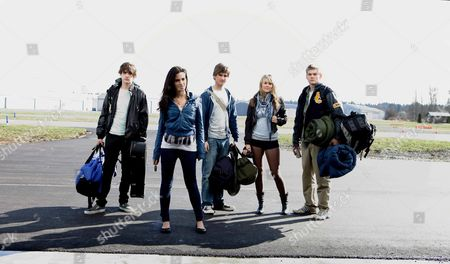 Stock Image of Ryan Donowho, Jessica Lowndes, Landon Liboiron, Julianna Guill, Jack Weary