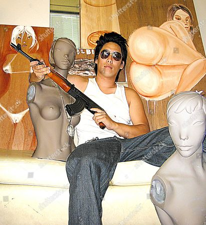 Dirty Hands - The Art & Crimes Of David Choe (2008)