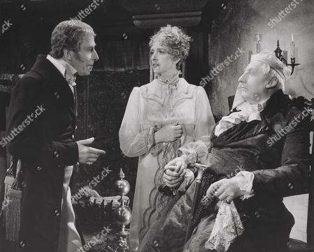 George Arliss (Duke of Wellington) and Gladys Cooper (Duchess d'Angouleme)