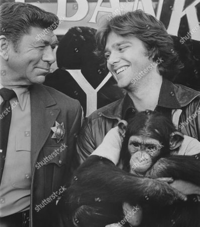 Claude Akins, Greg Evigan, Sam The Chimp