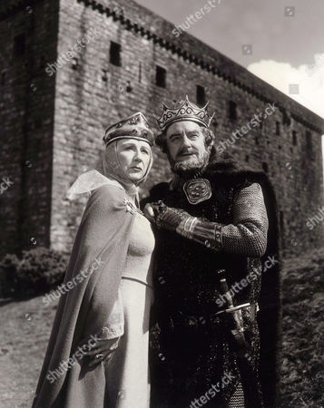 Judith Anderson, Maurice Evans