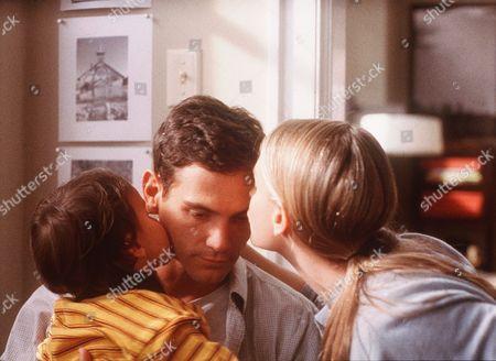 Nicholas Suretzky, Billy Crudup, Francie Swift