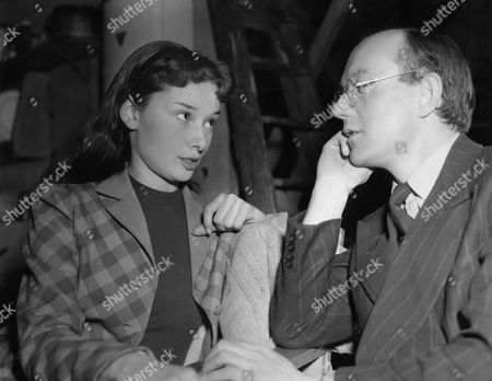 Audrey Hepburn, Sidney Cole