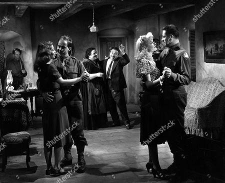William Edmunds, Yvonne Vautrot, Henry / Harry Morgan, Anna Demetrio, Monty Banks, Gene Tierney, John Hodiak