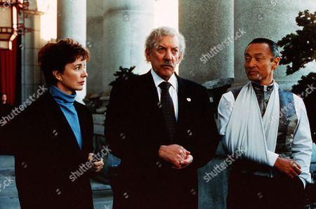 Anne Archer, Donald Sutherland, Cary-Hiroyiki Tagawa