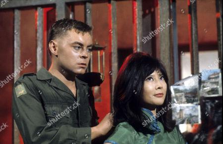 Hywell Bennett, Tsai Chin