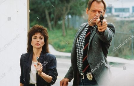 Stepfanie Kramer, Fred Dryer