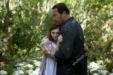 Abigail Breslin, Arnold Schwarzenegger