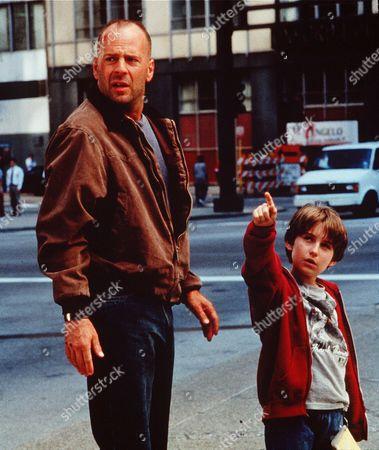 Bruce Willis, Miko Hughes
