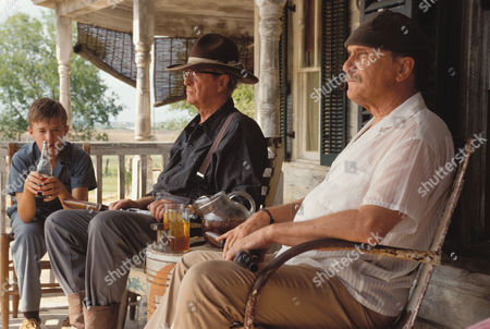 Editorial picture of Secondhand Lions - 2003