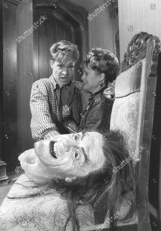 Scott Coffey, Mary Stuart Masterson, Christopher Lloyd