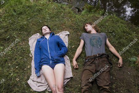 Rachel Hurd-Wood, Thomas Sangster