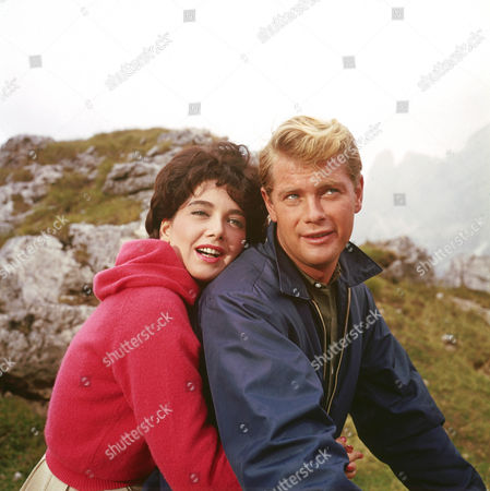 Suzanne Pleshette, Troy Donahue