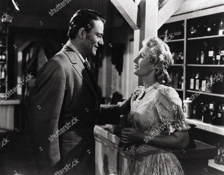 John Wayne, Binnie Barnes