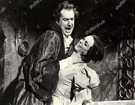 Vincent Price, Barbara Steele